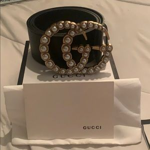 Large GG Gucci pearl belt